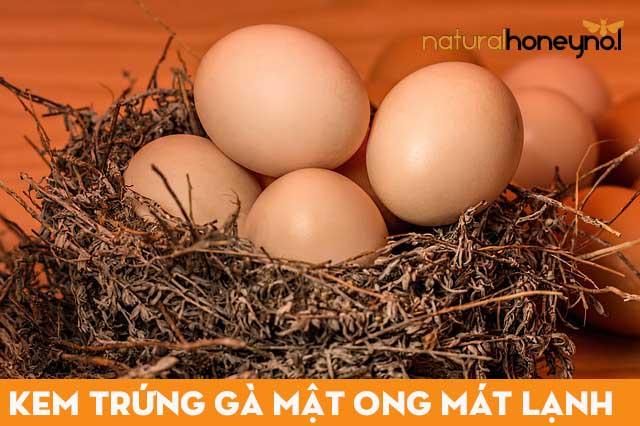 Lựa chọn trứng gà ta, tươi ngon, tránh mua phải trứng gà đã bị hỏng hoặc bị úng